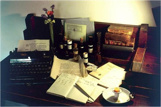 bach scrivania
